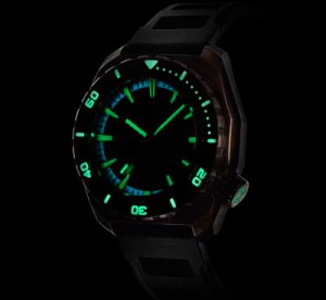 03.--300616-Zelos-Diver-Watch9955-broze-body-mark2_grande